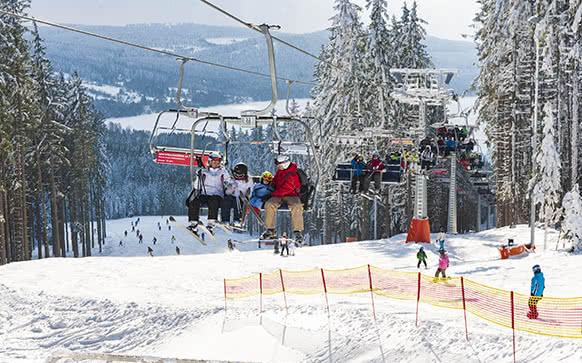 Skiareály na Lipně a v jeho okolí